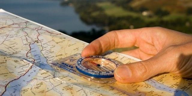 manfaat peta saat traveling