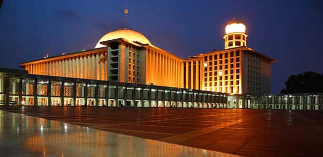 masjid termegah di asia